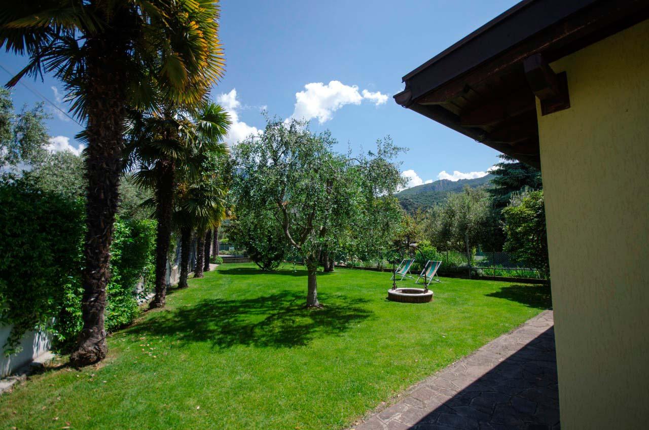 Appartamento 2 giardino privato interno 01 bungalow park - Giardino interno appartamento ...